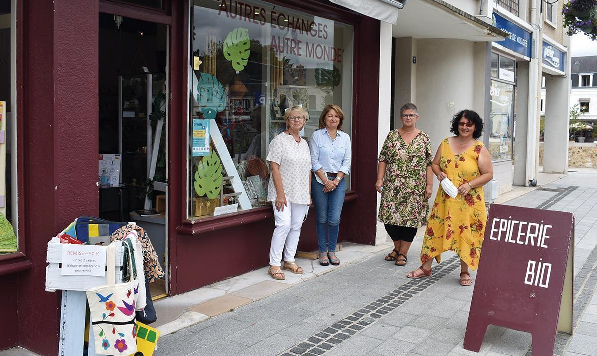 Actualites Locales Faire Connaitre Et Promouvoir Le Commerce Equitable Artisans Du Monde